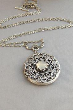 Bonita Luna medallón medallón antiguo medallón plata