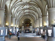 Hamburg Rathaus- the lobby