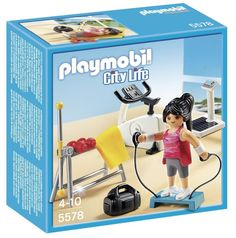 Help your child keep a collection of Playmobil figures fit with this fun gym play set. The City Life Gym play set features several pieces of equipment for burning calories and working up a sweat at pl Play Mobile, Playmobil Police, Playmobil Sets, Play N Go, Play Gym, Tante Emma Laden, Sports Toys, Stay In Shape, Heart For Kids