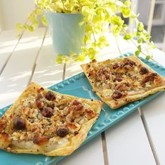 Hartige taartjes met geitenkaas en peer / Lunch / Recepten | Mandyandmore Quiches, Food And Drink, Snacks, Breakfast, Salads, Morning Coffee, Pies, Treats, Morning Breakfast