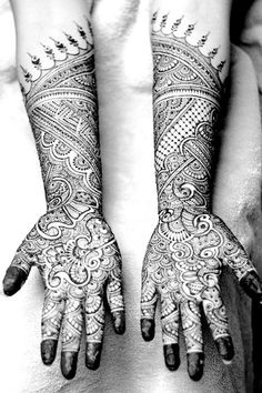Mehndi Maharani 2013 Finalist: Henna Craze http://maharaniweddings.com/gallery/photo/13907