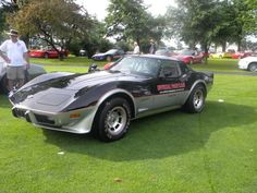 78 Pace Car Corvette - WANT!!!