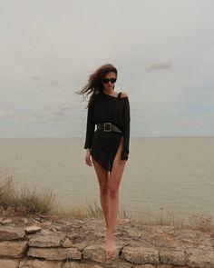 🐚 Mini Skirts, Fashion, Moda, Fashion Styles, Mini Skirt, Fashion Illustrations