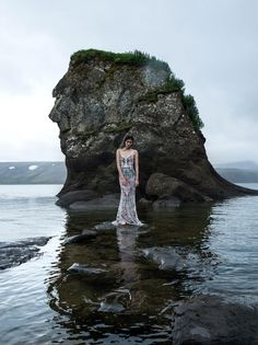 the silence of the sea: ming xi by gilles bensimon for vogue china january 2016 | visual optimism; fashion editorials, shows, campaigns & more!