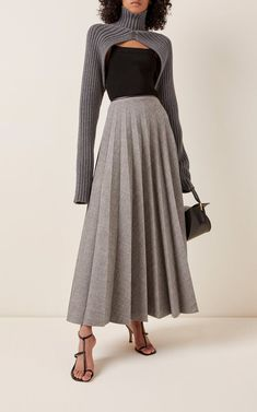Peter Do Ribbed-Knit Turtleneck Shrug Knit Fashion, Fashion Models, Fashion Outfits, Stunning Dresses, Beautiful Outfits, Ribbed Turtleneck, Clothing Items, Knitwear, Midi Skirt