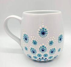 Mandala Art, Mandala Painting, Mandala Design, Dot Art Painting, Ceramic Painting, Stone Painting, Painted Coffee Mugs, Painted Clay Pots, Pottery Painting Ideas