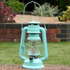 Hazelwood Home This retro style LED battery lantern lamp is perfect for lighting up the home and outdoors. With its pulsating crimson colour, it has a practical handle so that you can carry it around with you and has an on and off switch. Hanging Lanterns, Candle Lanterns, Vintage Lanterns, Lantern Lamp, Retro Stil, Dcor Design, Hazelwood Home, Red Led, Oil Lamps