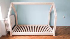 Dětská postel domeček – KUS DŘEVA – dřevěný nábytek z masivu