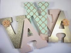peach and mint green nursery letters, baby girl letters, peach nursery wall letters, peach and mint baby shower decoration, peach decor Mint Green Nursery, Peach Nursery, Gold Nursery Decor, Grey Nursery Boy, Woodland Nursery Boy, Nursery Ideas, Room Ideas, Nursery Letters Girl, Baby Letters