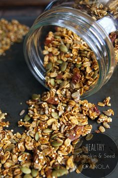 Healthy Pumpkin Granola With Rolled Oats Pumpkin Seeds Sunflower Seeds Quinoa Nut Cinnamon Pumpkin Pie Spice Pumpkin Puree Maple Syrup Coconut Oil Real Food Recipes, Cooking Recipes, Yummy Food, Freezer Recipes, Cooking Games, Freezer Cooking, Drink Recipes, Cooking Tips, Dinner Recipes