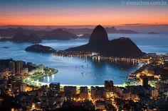 Baía de Guanabara à noite RJ