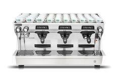 Vente matériels de café   Glacier au Maroc, équipements pour café pour  professionnels   machines à café, moulins, chaises et tables café, Glacier,  vitrines. 7d2dcc15859c