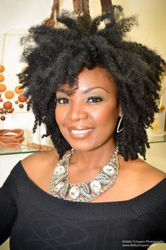 Melissa Hibbert, Founder of PROliphic Beauty. Ok this is more of my hair type. Kinky and more kinky. Pelo Natural, Natural Hair Tips, Natural Hair Styles, Natural Curls, Natural Beauty, My Hairstyle, Afro Hairstyles, Quick Hairstyles, Everyday Hairstyles