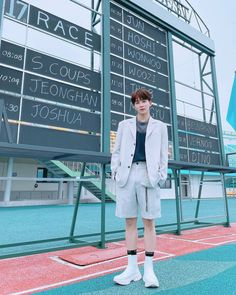 Woozi, Wonwoo, Vernon, Coat, Pledis 17, Seventeen Instagram, Jackets, Pledis Entertainment, Jeonghan Seventeen