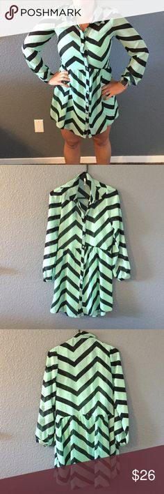 Chevron teal and black dress Great condition Dresses Long Sleeve