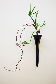 Ikebana Ikenobo in a hanging basket | Flickr - Photo Sharing!