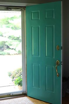 Painting your front door will give you loads of instant curb appeal. Learn how to paint your front door the easy way. Also includes how to strip a metal door if it has a lot of peeling and chipping. Remove Paint From Metal, Painted Doors, Painted Front Doors, Shed Doors, Metal Front Door, Front Door, Door Makeover, Painting Metal Doors, Metal Door