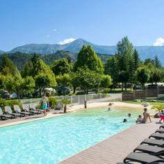 La piscine du Camping les Prairies à Seyne les Alpes - Alpes de Haute Provence