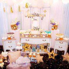 🌟🌟Dominic 🌟🌟 Little Dominic's  Celebrating his Christening over the weekend! Twinkle Twinkle little star Themed 🌟  Cake @somethingbluecakes  Cake topper & Christening sign @lettersbyloulou  Macarons @onebitemacarons  Desserts cups & mini nakedcake  Cakepops , cupcakes @cake_cup_addiction  All Props @prop.my.party  Image @arianaphotographystudio  Styling  Design Floral @blushingevents.co  #eventstyling #kidsparty #christening #beautiful #stylist #celebration #cake #candles #yummy #sweet…
