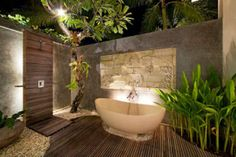 Awesome Outdoor Jacuzzi Ideas for a Relaxing Weekend. With the flow of warm water and bursts of water that create bubbles, soaking in the outdoor Jacuzzi to relax and relieve stress. So you re-energize an. Jacuzzi Outdoor, Outdoor Baths, Outdoor Bathrooms, Chic Bathrooms, Outdoor Showers, Luxury Bathrooms, Bathrooms Online, Balinese Bathroom, Natural Bathroom