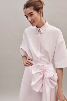 Delpozo Pre-Fall 2019 Fashion Show Collection: See the complete Delpozo Pre-Fall 2019 collection. Look 8 Fashion Mode, Fashion 2020, Look Fashion, Hijab Fashion, Fashion Outfits, Fashion Trends, Fashion Spring, Fall Collection, Fashion Show Collection