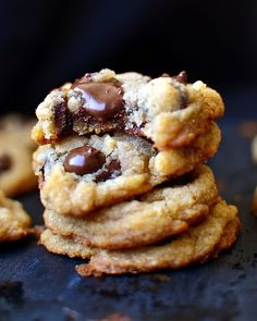Gluten Free, Egg Free, and Dairy Free Vegan Chewy Chocolate Chip Cookies! 23 Life-Changing Ways To Eat Chocolate Chip Cookies. Gluten Free Baking, Gluten Free Desserts, Dairy Free Recipes, Vegan Desserts, Easy Recipes, Chip Cookie Recipe, Cookie Recipes, Dessert Recipes, Biscuit Recipe