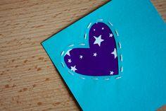 Pour glisser un petit mot doux, voici un tuto pour confectionnez vous-même des cartes pour la Saint-Valentin (ou pour tous les jours) !  Matériel  des feuilles de papier légèrement cartonnées de différentes ... Diy, Sweet Words, Leaves, Creative Crafts, Cards, Bricolage, Handyman Projects, Do It Yourself, Fai Da Te