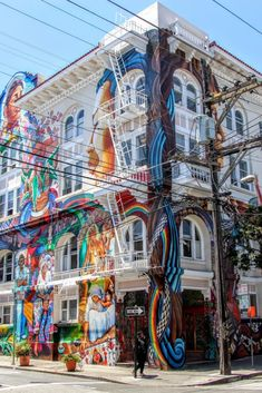Guide to San Francisco's Mission District. What you should see in the Mission District neighborhood, best places to see murals, and must eats. San Francisco Travel, San Francisco California, Places To Travel, Places To See, Travel Destinations, Mission District San Francisco, City Aesthetic, Travel Usa, Beach Travel