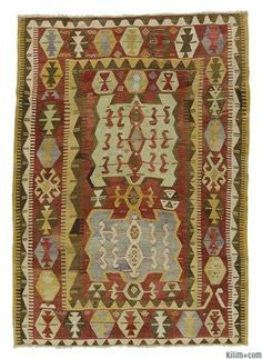 Vintage Konya Kilim Rug around 60 years old and in very good condition.