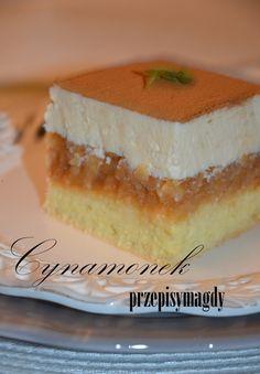 CYNAMONEK - bo tak nazywa się ciasto z pobliskiej cukierni. A co więcej mi bardzo smakuje i postanowiłam coś wykombinować na jego wzór...