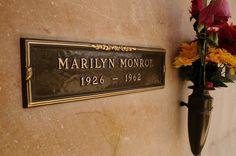 Finding Famous Graves in Los Angeles