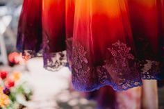 Elle a osé briser toutes les conventions et peindre sa robe de mariage... Résultat : la robe la plus stupéfiante que vous n'avez jamais vue !