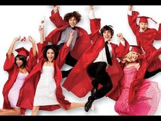 Pin for Later: Les Stars de High School Musical Se Réunissent Pour les 10 Ans de la Saga