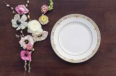 California & Hawaii event rentals specializing in vintage pieces. Gold wedding, dinner party, gold dishes, rent gold dishes, dish wish, gold tablescapes, wedding plates, rent wedding dishes, vintage plates