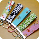 Fun Fabric Fobs For Keys 12 Days of Handmade Christmas Projects: Day 3 | Fishsticks Designs Blog