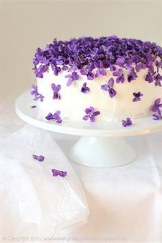 Cake love: a pretty violet covered wedding cake for a spring wedding
