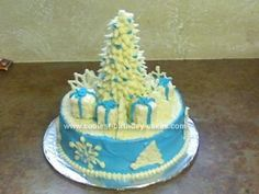 Homemade Christmas Holiday Cake... This website is the Pinterest of Christmas cakes