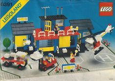 LEGO Building Instructions Set Number 6391 Cargo Center - Thousands of complete step-by-step free LEGO instructions. Lego Ship, Free Lego, Lego System, Lego Birthday Party, Vintage Lego, Lego Bionicle, Lego News, Lego Parts, Lego Creator