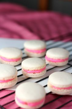 macaron with buttercream