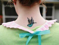 IMG 2227 770x600 DIY Spring Peter Pan Collar from Vintage Sheets
