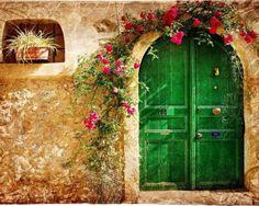 Love!! I need a green front door!! :D