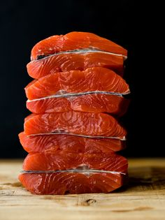 The lack of sunlight in winter can sometimes lead to Vitamin D deficiency. But have no fear, salmon is here to boost your vitamin D levels! Salmon Nutrition, Mind Diet, Vitamin D Deficiency, Brain Health, Winter Day, Grapefruit, Vitamins, Canning, Sunlight