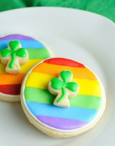 St Patrick's Day DIY Rainbow Decorated Cookies