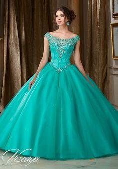 Pretty quinceanera dresses, 15 dresses, and vestidos de quinceanera. We have turquoise quinceanera dresses, pink 15 dresses, and custom Quinceanera Dresses!                                                                                                                                                                                 Más