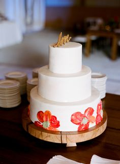 hand-painted flower cake | Whitney Neal #wedding