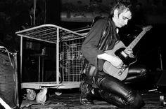 Einstürzende Neubauten • Blixa Bargeld • Concert • Ungdomshuset • Jagtvej 69 • Copenhagen 1983 • Photographer Robin Skjoldborg