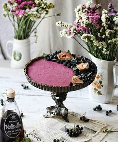 Blackberry tart with raspberry liqueur Raspberry Liqueur, Shortcrust Pastry, Homemade Pie, Dessert Recipes, Desserts, Custard, Blackberry, Acai Bowl, Tart