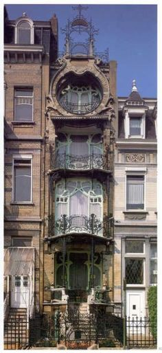 25 Most Beautiful Art Nouveau Architecture Design - Rockindeco Architecture Design, Architecture Art Nouveau, Beautiful Architecture, Beautiful Buildings, Building Architecture, Architecture Definition, Art Nouveau Interior, Computer Architecture, System Architecture