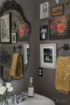 I love the idea of several various framed/unframed images on the powder room wall. #eclecticdecorvintage