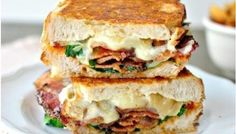Fancy BLT Grilled Cheese Sandwiches- This is a fun twist on a traditional BLT. Griddled until golden and gooey with Fontina cheese! Deli Sandwiches, Grilled Sandwich, Soup And Sandwich, Grilled Cheese Sandwiches, Dinner Sandwiches, Breakfast Sandwiches, Breakfast Recipes, Panini Recipes, Salads